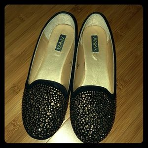Black and gold sequin ballet flats