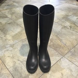 Bottega Veneta black rubber rain boots
