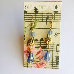 Gold and periwinkle bluish purple earrings