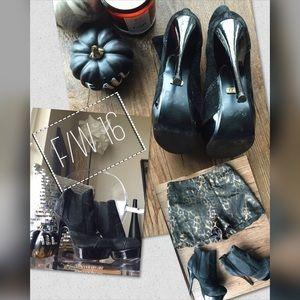 ASOS Shoes - 🔥HP🔥Asos // Ravel Black platform booties // 6