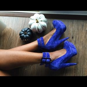 ASOS // Blue platform heels // 6 (New Years /bday)