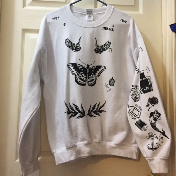 6e85a5b0a30a Harry Styles Tattoo Sweater. M 57ed87a8f09282358f023cbd