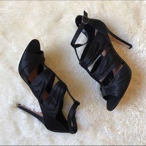 Vince Camuto Shoes - Black Vince Camuto heels size 8