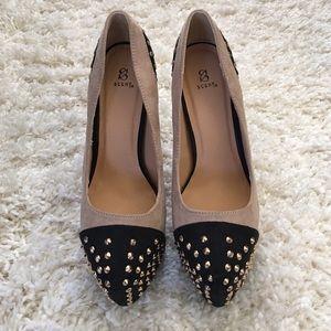 Shoedazzle Shoes - Platform Pumps-Black & Nude w/ Studs-Size 7.5