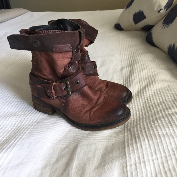 Nordstrom Pakros Brown Leather Midi Boots