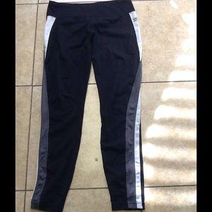actra Pants - Actra leggings size large