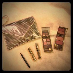 Estee Lauder Other - NEW Estée Lauder makeup set with travel pouch. 💄