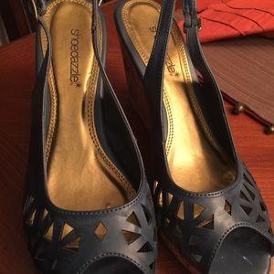 shoedazzle Shoes - Shoedazzle navy peep toe wedge