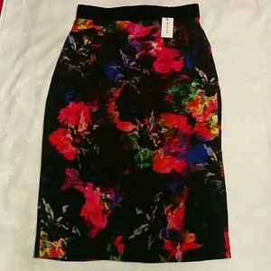 Milly Dresses & Skirts - 🆕MILLY floral print midi skirt brand new
