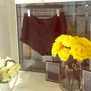 Alice and Olivia silk shorts black