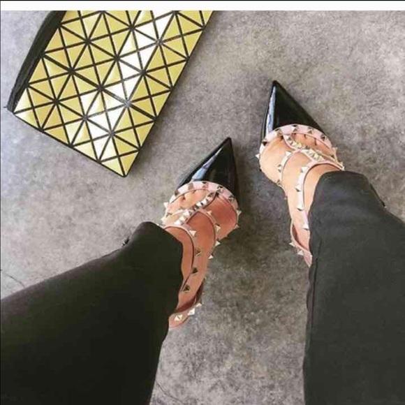 7023ab69f0 Valentino Garavani Shoes | Iso Valentino Rockstud Pumps | Poshmark
