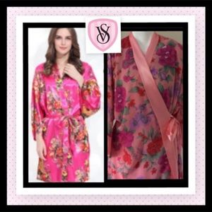 PINK Victoria's Secret Other - Victoria Secret Flower Satin Kimono Robe