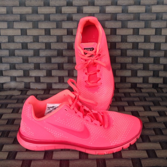 reputable site 517f5 31728 Nike free 3.0 coral  neon color. M 57ee91beeaf0302e6d006c69