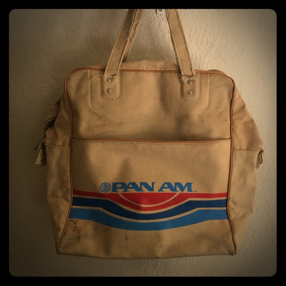 d3b316569d Vintage Pan-Am flight attendant s bag. M 57ee97222fd0b7d52b00786b