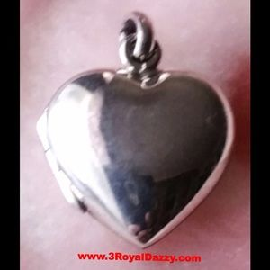 3 Royal Dazzy Jewelry - Sweet Love Picture Locket Solid  Silver Pendant