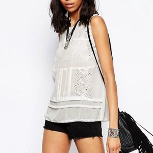 Brave Soul Tops - Brave Soul Tank with embroidered detail size M