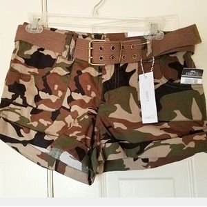 Rue21 Pants - NEW Army Camo Shorts Cute Summer Casual 5/6 rue21
