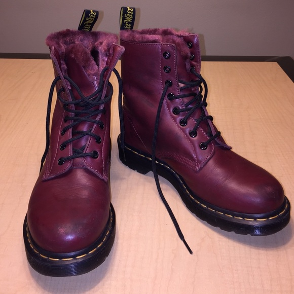cb172b733cddd Dr. Martens Shoes - Dr. Martens Serena boot with faux fur lining size8
