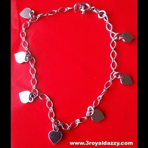 3 Royal Dazzy Jewelry - Silver dangling Lovely Heart charms bracelet