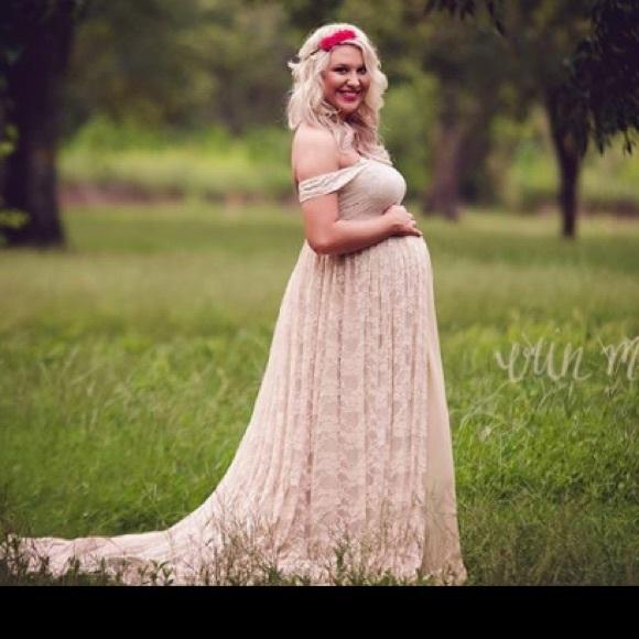 4780e940e9c Dresses   Skirts - Maternity photoshoot dress