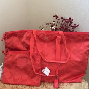 BNWT COACH Signature Nylon Packable Wkender Large