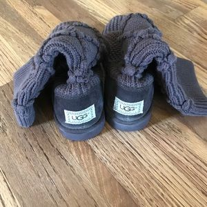 Ugg Cable Knit Boot Size 7