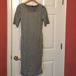 Dresses & Skirts - Grey and black striped maxi body con dress