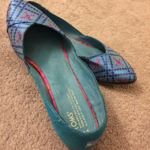 TOMS Jutti Metallic Embroidered Flats