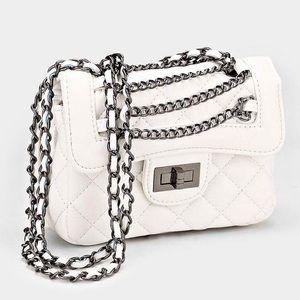 GoodChic Handbags - Exquisitely Chic