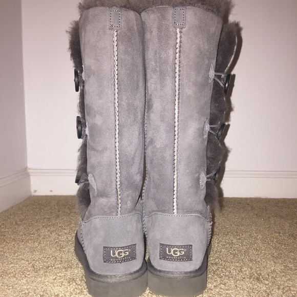c8e4df28102 UGG Bailey Button Triplet Tall Grey Boots