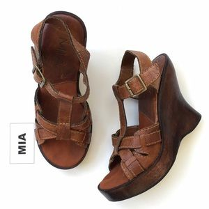 Mia Shoes - MIA Joplyn Style Leather Sandal, Wood Wedge Heel