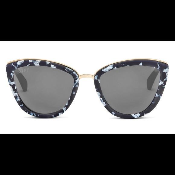 fd1e3e2baf DIFF Eyewear - Rose - Black White Frame