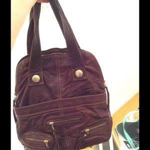 Gustto brown leather shoulder bag