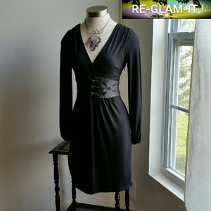 Laundry by Shelli Segal Dresses & Skirts - LAUNDRY SHELLY SEAGAL...GORGEOUS DRESS.