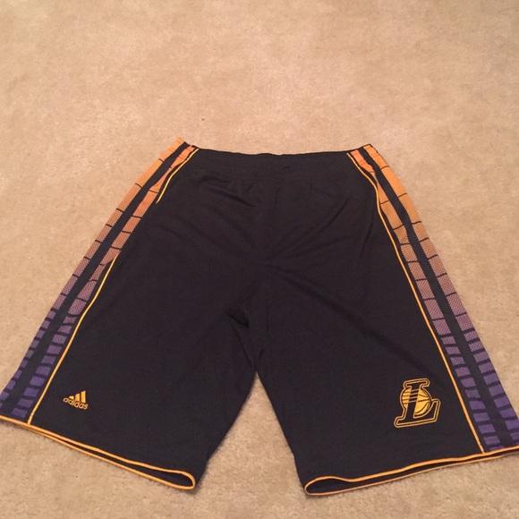 ADIDAS lakers basic basketball short [blackyellow]