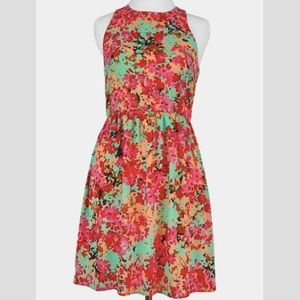 NWT Everly Floral Dress