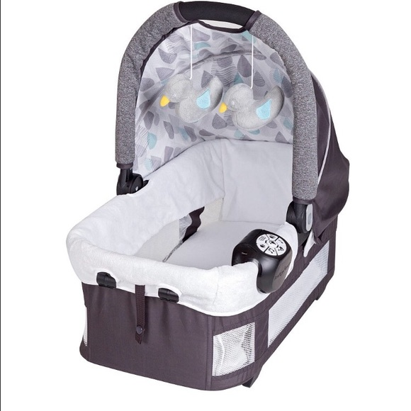 Baby Trend Portable Bassinet