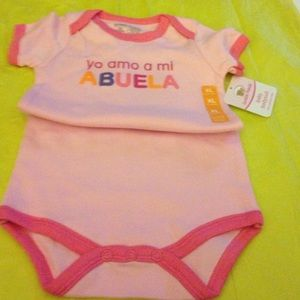 Luvable Friends Other - Baby body suit