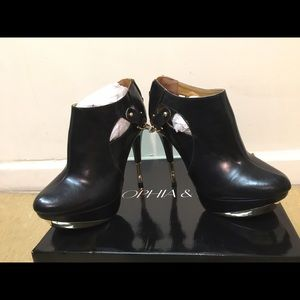 Sophia & Lee Shoes - Black Ankle Bootie