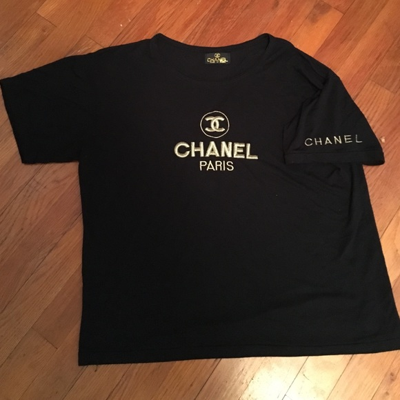 47480dcc277 CHANEL Tops - Vintage Chanel t shirt AUTHENTIC