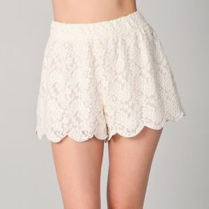 Free People Pants - NWT FP FREE PEOPLE SCALLOPED LACE SKORT XS