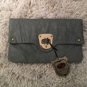 Urban Expressions Handbags - Never been worn light grey/green clutch
