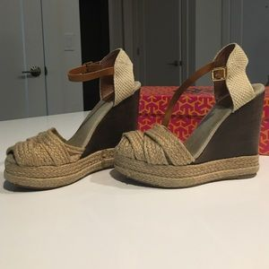 Tory Burch // Georgie wedge espadrilles