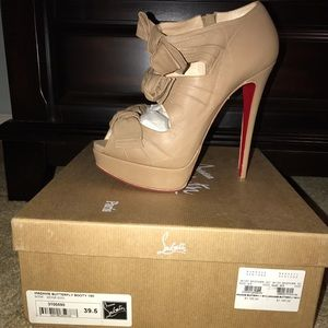 Christian Louboutin Shoes - Christian Louboutin madame butterfly nude leather