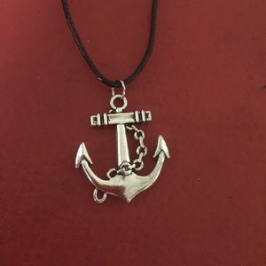 Jewelry - Gorgeous anchor necklace