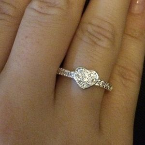 Boutique Jewelry - Price Drop!❤️Petite Pave Heart Ring 7 8
