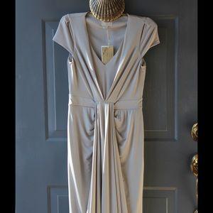 Jenny Packham Dresses & Skirts - Jenny Packham Jersey NWT!  Kate's fav designer👸🏻