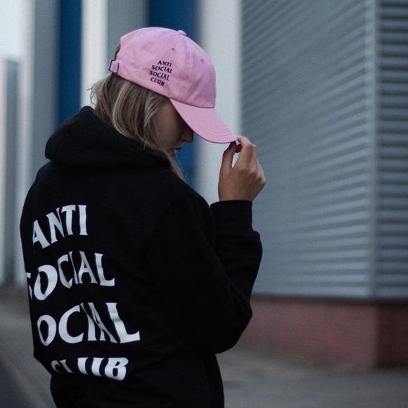 b37491ccfae90 Anti Social Social Club Accessories - Anti Social Social Club Weird Cap in  Pink