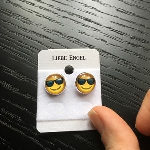 Jewelry - Cute Emoji Pattern Earrings.