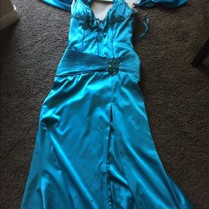 Prom dress worn once